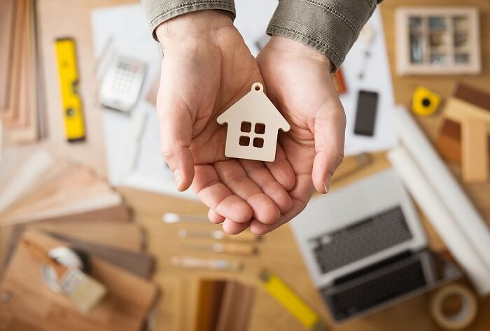 Real Estate Broker vs Agent: What Is Each Responsible For?
